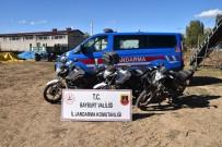 Bayburt'ta Motosiklet Hirsizi 4 Kisi Tutuklandi
