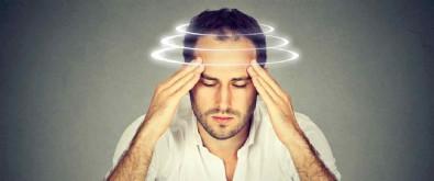 Kulak Kristalleri Neden Oynar? Kulak Kristallerinin Oynaması Evde Tedavi Edilir Mi?