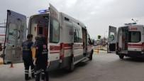 Bayburt'ta Üniversite Ögrencileri Arasinda Biçakli Kavga Açiklamasi 2 Yarali