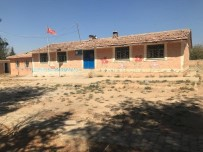 Mahalleli 57 Yillik Okulun Yerine Yenisini Istiyor Haberi