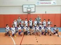 Basketbol Okulunda Çalismalar Sürüyor