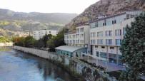Üniversitelilere Ayligi 500 TL'ye Yesilirmak Manzarali Otel