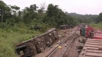 Katliam gibi kaza! Kamyon nehre devrildi: 50 ölü