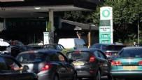 İngiltere'de benzin krizinde asker devrede!