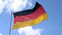 Almanya'da ırkçı saldırı! Türk'ün yaşadığı daireye kundaklama girişimi