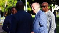 O kahkahanın sebebi futbol! Başkan Erdoğan fotoğrafın hikayesini anlattı
