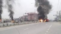 Afganistan'da cami girişinde patlama! Çok sayıda sivil hayatını kaybetti.