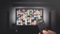 8 EKİM CUMA FOX TV YAYIN AKIŞI - 8 Ekim Cuma Yayın Akışı! 8 Ekim Cuma Atv Kanal D Show Tv Star Tv Fox Tv TV8 TRT1 Kanal 7 Yayın Akışı! 8 Ekim Cuma TV'de Hangi Diziler Var?