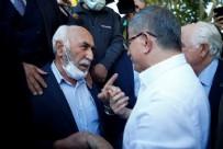 """Vatandaştan Davutoğlu'na tepki: """"Biz seni sevmiştik, ta ki yol arkadaşına ihanet edene kadar"""""""