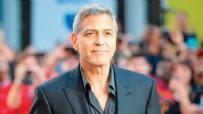 GEORGE CLOONEY - George Clooney isyan etti!