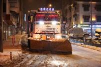 Nevşehir Belediyesi Ekipleri Kar Mesaisini Sürdürüyor