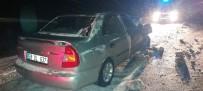 Otomobil Tırın Altına Girdi Açıklaması 3 Yaralı