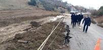 Şiddetli Yağış Asfalt Yolda Çökmeye Neden Oldu