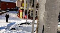 Ardahan'da Buz Sarkıtları 2 Metreye Ulaştı