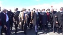 AK Parti Ağrı İl Başkan Adayı Özyolcu Ağrı'da Çiçeklerle Karşılandı