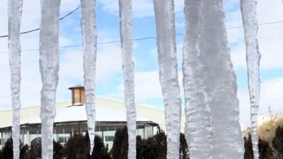 Bayburt'ta Soğuk Hava Etkili Oluyor