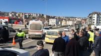 Hafif Ticari Aracın Yaya Geçidinde Çarptığı Yaşlı Kadın Ağır Yaralandı