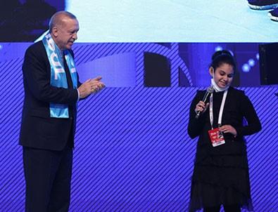Cumhurbaşkanı Erdoğan'a sürpriz yaparak şarkı söyleyen Tuana Şahin konuştu