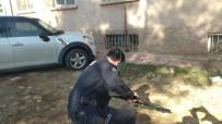 Polisten Kaçmaya Çalışan Şüpheli Kıskıvrak Yakalandı
