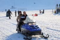 Bakan Kasapoğlu Hesarek Kayak Merkezi'nde İncelemelerde Bulundu