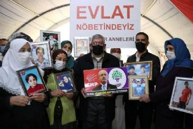 HDPKK'nın esiri Kılıçdaroğlu'nun kardeşi evlat nöbetinde: 'Ağabeyimi HDP'den istiyorum'