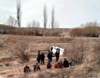 Kırşehir'de Kaza Açıklaması 1 Ölü, 1 Yaralı