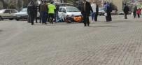 Aracın Çarptığı Motosiklet Sürücüsü Yaralandı