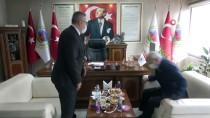 CHP Genel Başkanı Kılıçdaroğlu, Uşak'ta Kanaat Önderleriyle Bir Araya Geldi Açıklaması