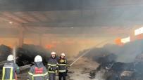 Tekstil Deposunda Yangın Çıktı