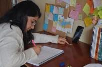 Telefonda Ders Çalışıp Erasmusu Kazandı