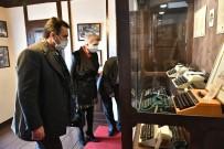 Başkan Mustafa Dündar, Tarihi Odunpazarı Bölgesinden Çok Etkilendi