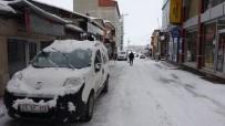 Kara Kış Geri Geldi, 33 Köy Yolu Ulaşıma Kapandı