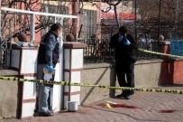 Öğretmenin Kafasından Vurduğu Komşusu Hayatını Kaybetti