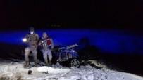 Otobüsle Çarpışan Otomobil İkiye Bölündü Açıklaması1 Ölü, 4 Yaralı