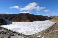Gümüşhane'de Soğuk Hava Baraj Gölünü Dondurdu