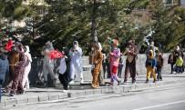 Talas'ta Maskotlu Bando Takımı Hafta Sonuna Damga Vurdu