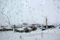 Bayburt'un Yüksek Kesimlerinde Kar Ve Sis