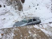 Otomobil Şarampole Yuvarlandı, 3 Öğretmen Yaralandı