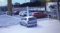 (Özel) Kontrolden Çıkan Otomobil Tıra Böyle Saplandı