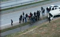 Siirt'te Minibüs İle Motosiklet Çarpıştı Açıklaması 1 Yaralı