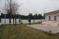 Siirt'te Şehitlik Anıtında Çevre Düzenlemesi Çalışmaları Başlatıldı