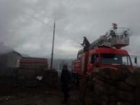 Tomarza'daki Yangında Ev Kullanılamaz Hale Geldi
