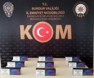 Burdur'da İki Araçta Yüzlerce Kaçak Ürün Ele Geçirildi