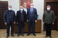 İzmir'de Yaşayan Eskişehirliler Başkan Kurt'u Ziyaret Etti