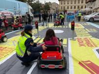 Jandarma Ekiplerince, Çocuklara Uygulamalı Trafik Eğitimi Verildi