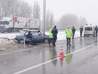 Sorgun'da İki Farklı Trafik Kazası Açıklaması 1 Ölü, 5'İ Öğretmen 6 Yaralı