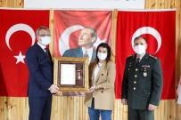 Bingöl'de İdlib Şehitlerinin Ailelerine 'Devlet Övünç Madalyası'