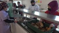 İşçiler Çanakkale Menüsü İle Duygulandı