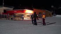 Kars'ta Adliye Çalışanları 'Kan Veren Can Verir' Sloganıyla Kan Bağışında Bulundu