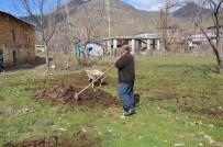 Şırnak'ta Ahırdan Tarlaya Organik Gübre Mesaisi Başladı